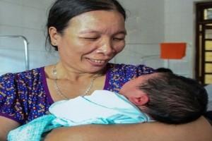 Απίστευτο κι όμως αληθινό: Γεννήθηκε μωράκι που ζύγιζε 7,1 κιλά!