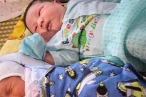 Γεννήθηκε μωρό - γίγαντας: Ζυγίζει 7,1 κιλά!