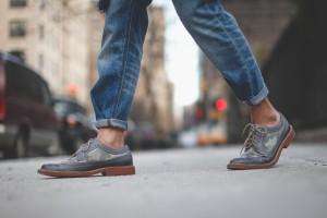 Φοράς τα παπούτσια χωρίς κάλτσες; Ξανασκέψου το!