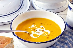 Μια λαχταριστή συνταγή: Πικάντικη καροτόσουπα!