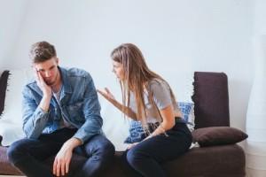 4 εύκολοι και απλοί τρόποι για να μειώσεις τις εκρήξεις σου και να ελέγξεις τον θυμό σου!