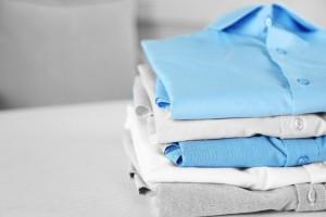 Γιατί ο χρόνος είναι χρήμα: Πώς μπορείς να διπλώσεις τις μπλούζες σου στο πι και φι! (Video)
