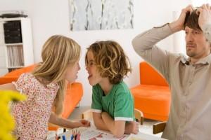 Γονείς σας ενδιαφέρει: 4 εύκολοι τρόποι για να μην τσακώνονται τα παιδιά σας!