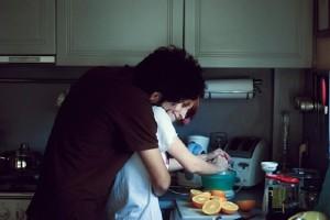Σκέφτεσαι να συγκατοικήσεις με τον σύντροφό σου; - 4 πράγματα που πρέπει να προσέξεις!
