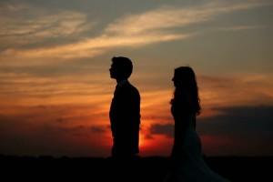 Ζώδια και σχέσεις: Πώς αντιμετωπίζει το καθένα την ερωτική απογοήτευση;