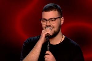 The Voice: Ο 16χρονος Αλβανός που μάγεψε τους κριτές με την φωνή του! Ποιος τον επέλεξε; (video)
