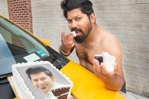 Θα κλάψετε από τα γέλια: Το «σέξι» ημερολόγιο των ταξιτζήδων της Νέας Υόρκης είναι... ξεκαρδιστικό (Photos)