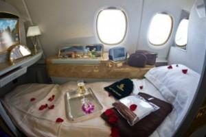 Μιλάμε για την απόλυτη χλιδή: Οι πολυτελέστατες καμπίνες α' θέσης που λανσάρει η Emirates (Photos)