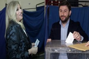 Εκλογές Κεντροαριστεράς: Έκλεισαν οι κάλπες, σε 1 ώρα το αποτέλεσμα!
