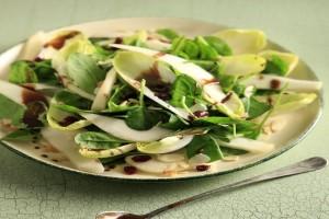Hand salad: Ένας πρωτότυπος τρόπος να τρως την σαλάτα χωρίς να βαριέσαι!