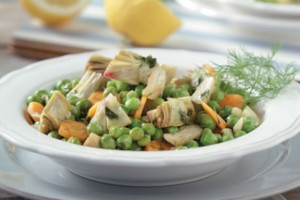 Ζεστή σαλάτα με αρακά και καρότα!