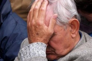 Τραγικό: Συνταξιούχος έπνιξε τη σύζυγό του επειδή δεν μπορούσε να τη φροντίζει άλλο!