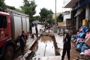 Σε 13 συλλήψεις προχώρησε η αστυνομία για πλιάτσικο σε Μάνδρα και Νέα Πέραμο μετά τις φονικές πλημμύρες!