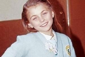 Θυμάστε την Μαρία Χοακίνα από το «Καρουζέλ»; Δείτε την σε ημίγuμνη φωτογράφιση στα 39 της και θα πάθετε πλάκα! (photos)