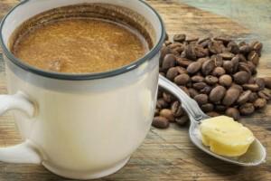 Βοηθάει στη δίαιτα ο καφές με βούτυρο;
