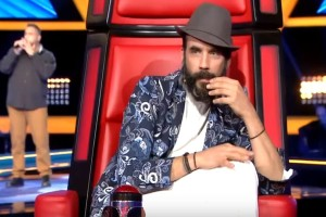 The Voice: Περίμεναν να ακούσουν τον διαγωνιζόμενο και έμειναν με το στόμα ανοικτό! Συγκλονισμένος ο Πάνος Μουζουράκης! (video)