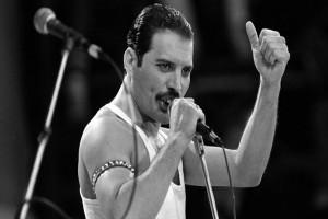 Σαν σήμερα 24 Νοεμβρίου το 1991 πέθανε μια από τις μεγαλύτερες φωνές της ροκ, ο Φρέντι Μέρκιουρι!