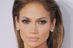 Νέο λουκ για την Jennifer Lopez! Θα το λατρέψετε!