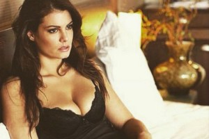 Οι Ελληνίδες celebrities με το ωραιότερο στήθος!