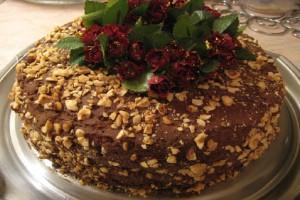 Μια συνταγή «κόλαση»: H Τούρτα ferrero rocher που θα σας ξετρελάνει!