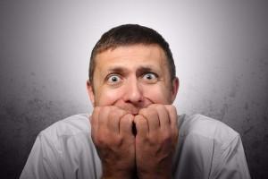 Τι είναι η κωλοβαθριστοφοβία; Μήπως πάσχεις και εσύ και δεν το ξέρεις;