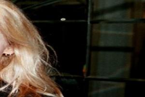 Γνωστή τραγουδίστρια εξομολογείται: «Δέχθηκα σεξουαλική παρενόχληση όταν ήμουν 12 ετών»