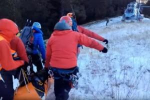 Βίντεο σοκ: Καρέ - καρέ η στιγμή της ανάσυρσης του 55χρονου ορειβάτη που σκοτώθηκε στον Όλυμπο