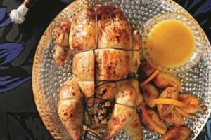 Γιορτινό γεμιστό κοτόπουλο με σάλτσα πορτοκαλιού!