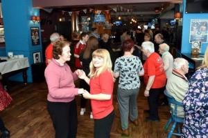 Η disco των ηλικιωμένων είναι το πιο cool club που έχεις δει μέχρι σήμερα! (photos)
