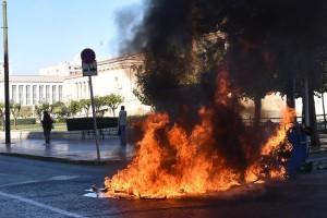 """Η φωτογραφία της ημέρας: """"Κάηκε"""" η Αθήνα!"""