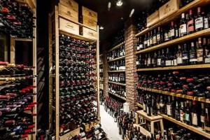 Τα wine bars της Αθήνας που λατρεύουμε!