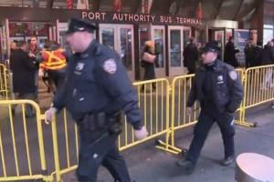 Έκρηξη σε σταθμό του μετρό της Νέας Υόρκης - Τραυματίστηκε ο δράστης (Photos+video)