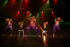Σούπερ διαγωνισμός Athensmagazine.gr: Κερδίστε 2 διπλές προσκλήσεις για το Mega Bollywood Dance Show!