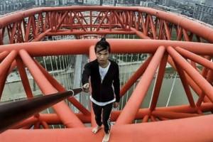 26χρονος προσπαθεί να βγάλει selfie και πέφτει από ουρανοξύστη!