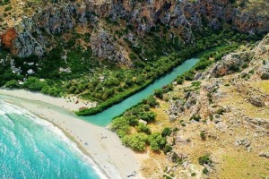 Μαγεία: Η παράξενη παραλία της Ελλάδας που θυμίζει… Αφρικανική όαση! (photos)