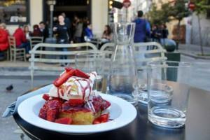 Λιγουρεύεσαι γλυκάκι; Αυτά είναι τα πιο ωραία Γλυκοπωλεία της Αθήνας!