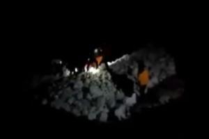 Βίντεο της πυροσβεστικής από την ανέγερση του νεκρού ορειβάτη στον Όλυμπο