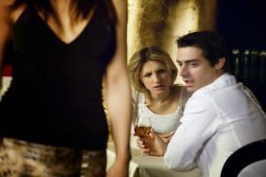 Τι είναι αυτό που προδίδει έναν άπιστο άνδρα;
