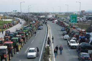 Έτοιμοι να βγάλουν τα τρακτέρ στους δρόμους είναι οι αγρότες - Ξεκινούν τις κινητοποιήσεις τους