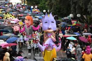 Ξεκίνησε χτες το Πατρινό καρναβάλι! Και δεν φαντάζεστε ποιο ήταν το θέμα του!