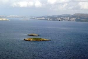 Δραματική έκκληση βοήθειας από Έλληνα ψαρά: «Δε μας αφήνουν να πλησιάσουμε τα Ίμια οι Τούρκοι»! (Video)