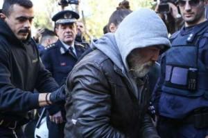 """Δολοφόνος Δώρας Ζέμπερη:""""Βοήθεια Κινδυνεύει η ζωή μου"""""""