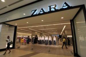 Zara: 6 κομμάτια από την νέα τους συλλογή που πρέπει να αγοράσεις πριν εξαντληθούν!