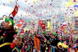 Ξεκινά το Σάββατο το Πατρινό καρναβάλι - Βγαίνει αύριο στους δρόμους ο τελάλης!