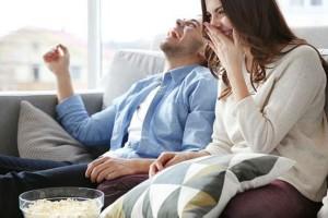 Ιδέες για να περάσετε ωραία στο σπίτι με το ταίρι σας!