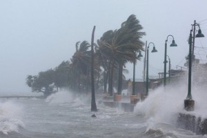 Συναγερμός στη Γερμανία από τον τυφώνα «Φρειδερίκη»: «Μείνετε στα σπίτι σας... »