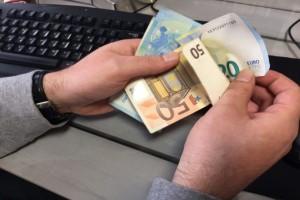 Είδηση βόμβα: Επιπλέον χαράτσι 650 ευρώ σχεδόν για όλους!