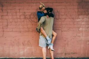 Υπάρχουν συγκεκριμένοι λόγοι που τα ζευγάρια σταματούν τα γλωσσόφιλα! Δες ποιοι είναι αυτοί!