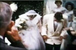 Βρήκε τυχαία ένα βίντεο του 1953 από τον γάμο της μητέρας του! Μόλις έβαλε να το δει, σοκαρισμένος Παρατήρησε πως…