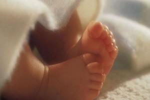 Είδηση σοκ: Δίχρονο κοριτσάκι πέθανε από σπάνιο ιό - Τι αποκάλυψαν τα ευρήματα της νεκροψίας
